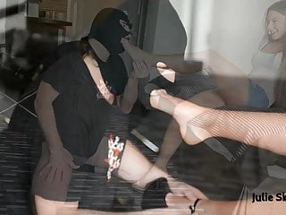 A slave to Julie skyhigh feet (footlicking & facesitting)