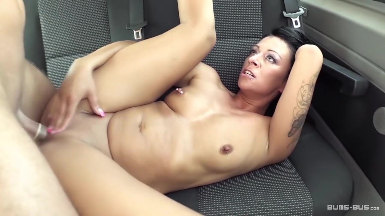 sex on dusty car