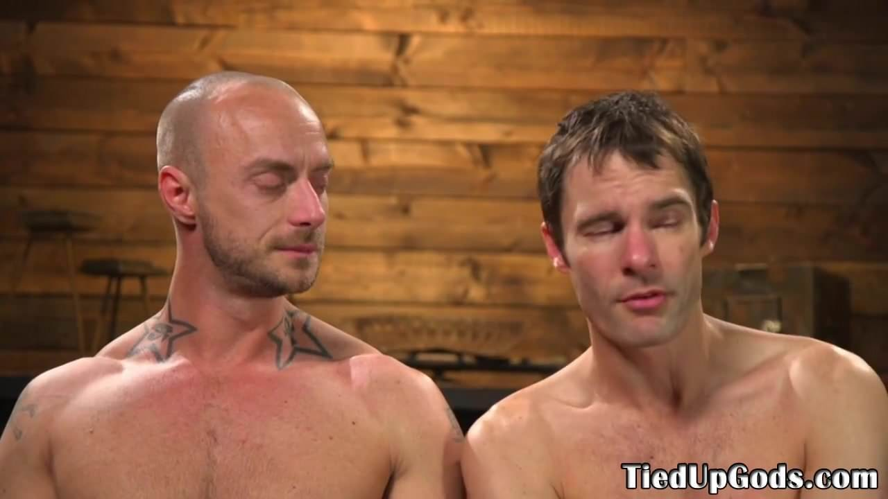 Bound muscle sub edged by dominant hunk