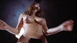 SUZIE Q - vintage 60's jiggling oiled tits dance