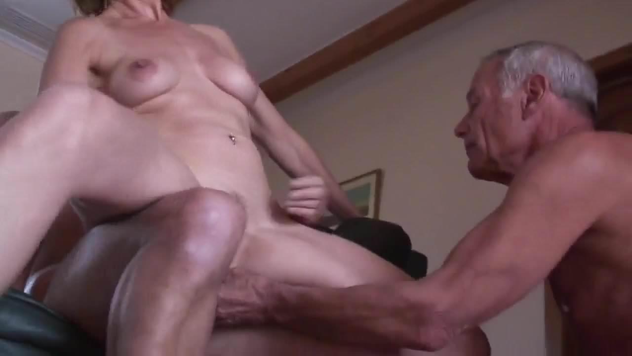 Amateur Mature Cuckold Threesome 1, Free Porn fb: xHamster