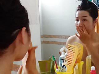 Download video bokep gai bao 18 tuoi Hau Giang bi lo clip tran truong 5 Mp4 terbaru