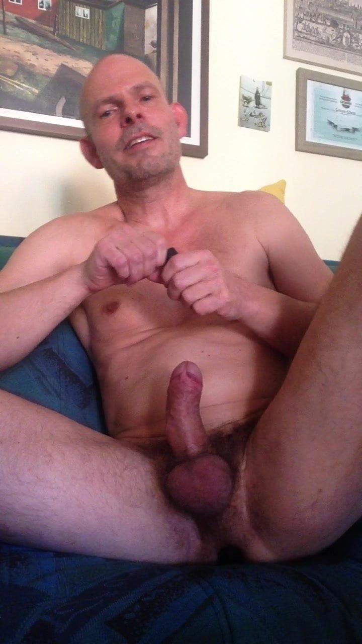 Gay Pp