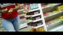 rabo empinado no mercado (big ass brunette) 169