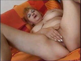 54 years Olga shows us her orgams