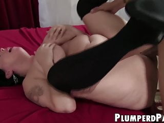 Plus size babe facialized after taking Asian cock