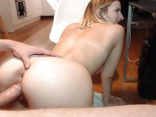 Fucking Blonde Squirting Pussy