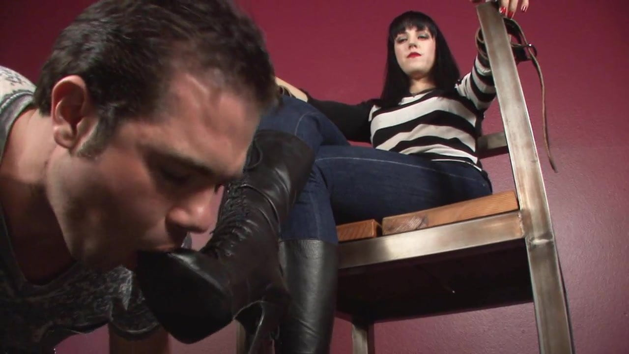 lick-my-boots-slave-movie-topless-pics-kelly-martin