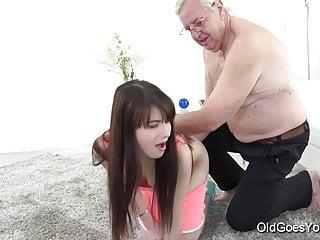 sirvientas jovencitas porno