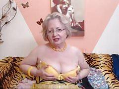 Granny webcam strip.mp4