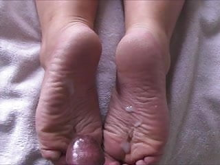 Cammie S Wide Dry Soles Take  Loads