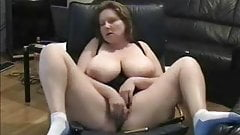 Exhibition of mature lady masturbating. Amateur Older