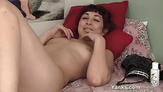 Horny Yanks Redhead Kitty L. Masturbates