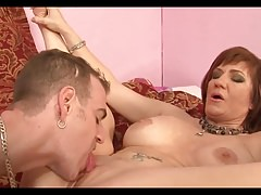 Granny gets cum in old pussy