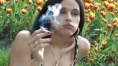 sanja smoking