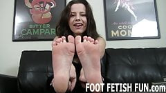 I love making men horny with my feet
