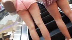 culito rico en shorts rosa 1