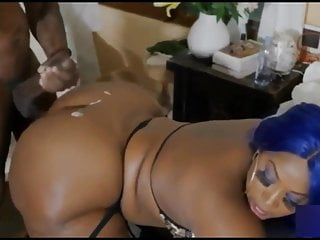 MAKING HER THICK ASS FEEL IT PT.2