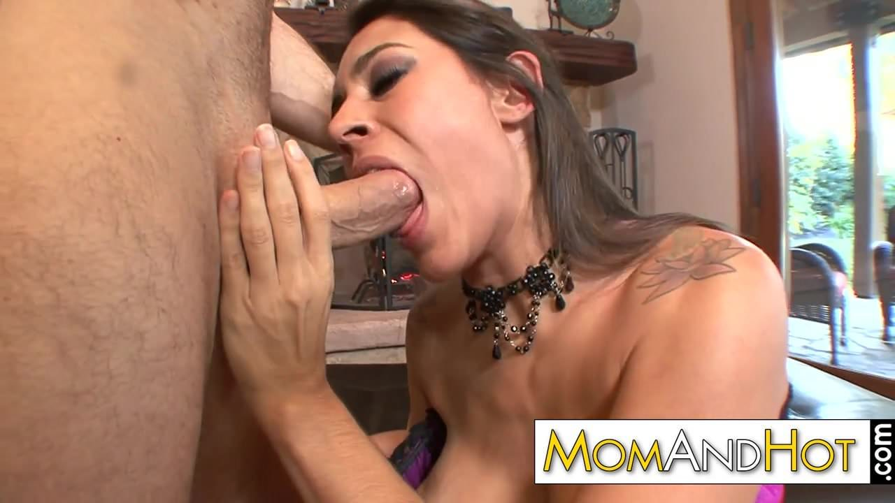 Latina milf raylene gets puffy pussy pounded