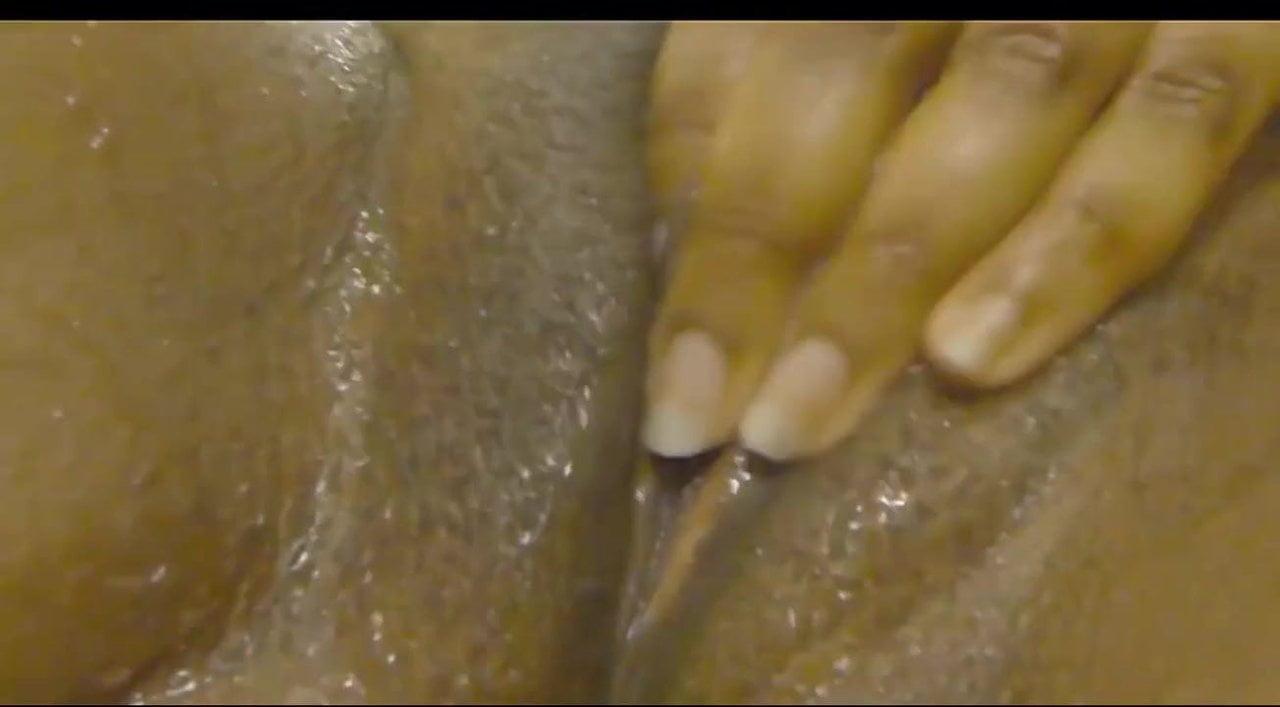black milf squirt