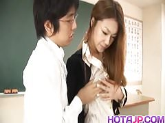 Sakura Hirota gets fuck and cum at school