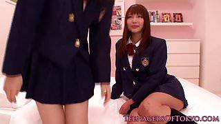 Japanese les teen schoolgirls scissoring