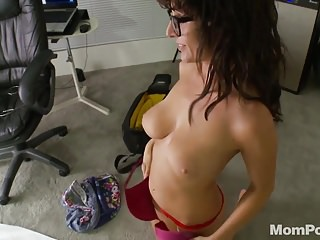 Download video bokep Busty nerd MILF anal homemade Mp4 terbaru