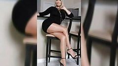 Jerk off challenge milf in stockings how long can you last?