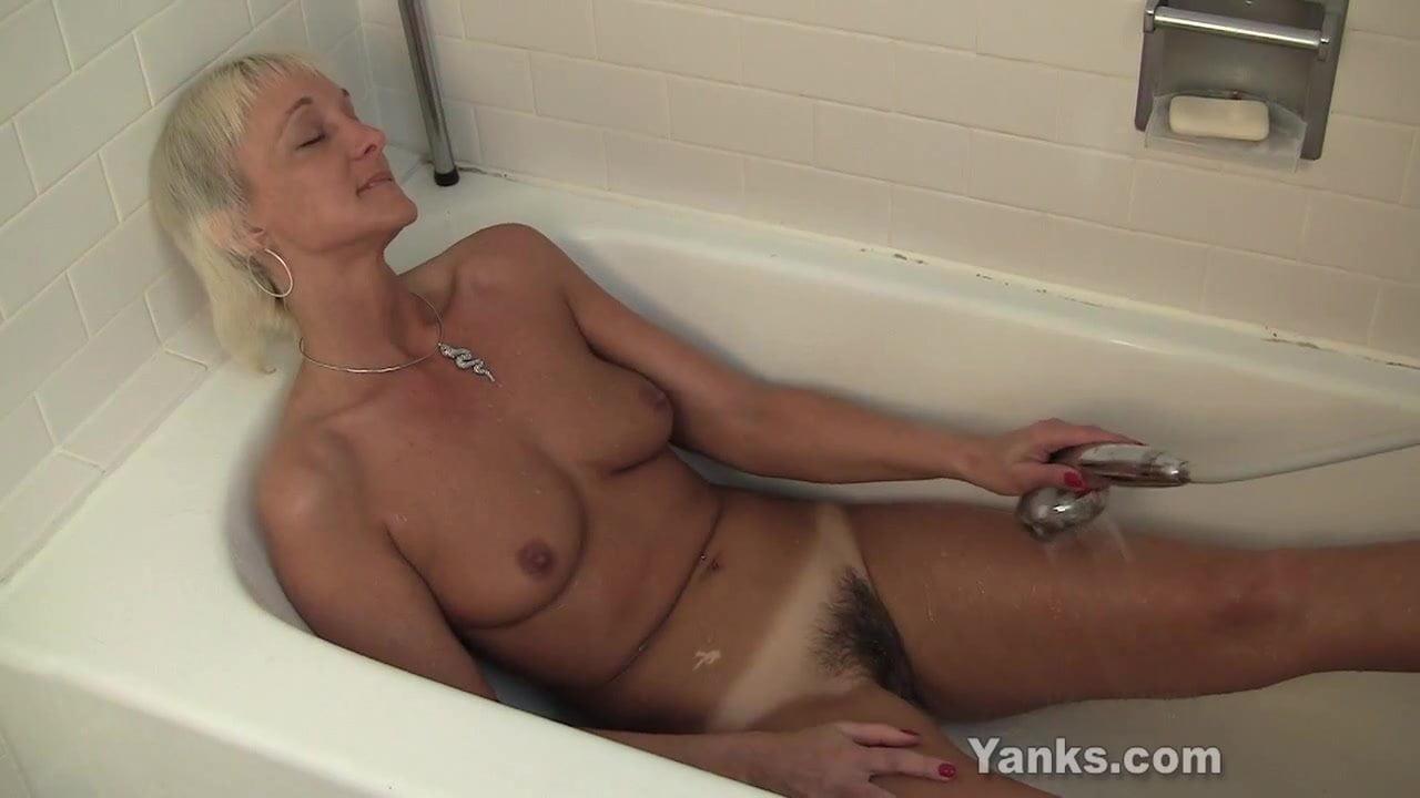 Barbie Lynn Porno yanks grandma barbie lynn water fun