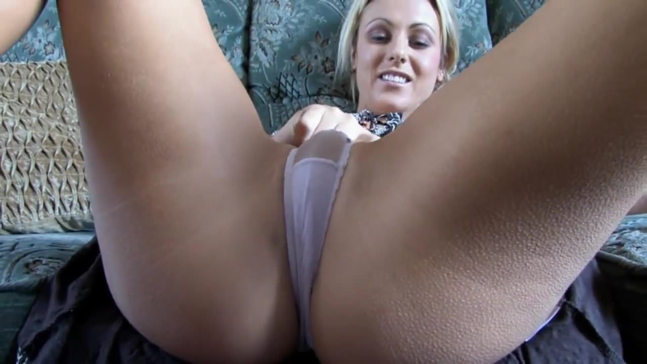 Big tits need sucked