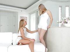 Ivana Sugar and Alana Moon - lesbian scene by SapphiX