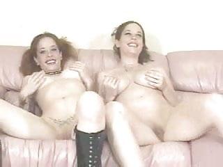 Twin lesbo - Lesbo twins
