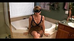 Amateur Mature Facial In Bath Room