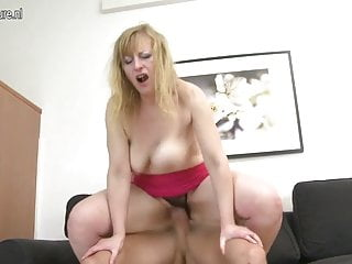 HOT mature MOM fucked by boy HARD