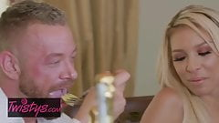 When Girls Play - Carmen Caliente , Madison Ivy - What Girls