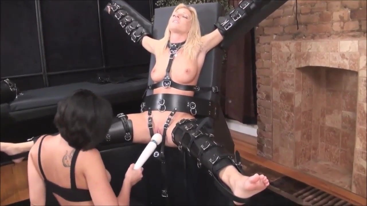 Bondage Magic Wand Torture