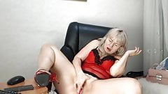 Mature Lady Fox another good squirt