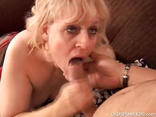 Big beautiful old spunker gives an amazing sloppy blowjob