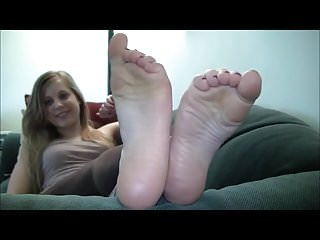 Teen virginie cute feet