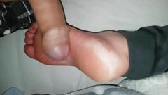 Cum on her foot sole