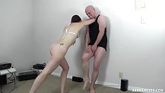 azjatyckie porno ballbusting