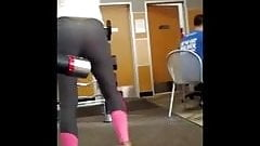 gym girl working her butt cheeks