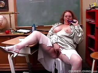 Big beautiful BBW redhead imagines you fucking her wet pussy