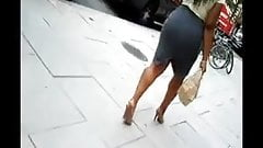 Big Booty walking on the streets