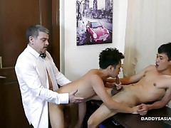 Daddy and Asian Twinks Threesome
