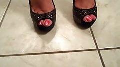 sexy feet in high heels 2