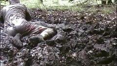 mud dress 31