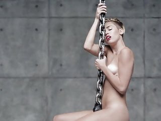 Miley Cyrus Nude Scenes Wrecking Ball Slowed Down
