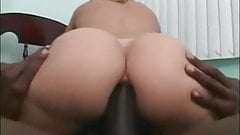 brazillian big booty gets piped