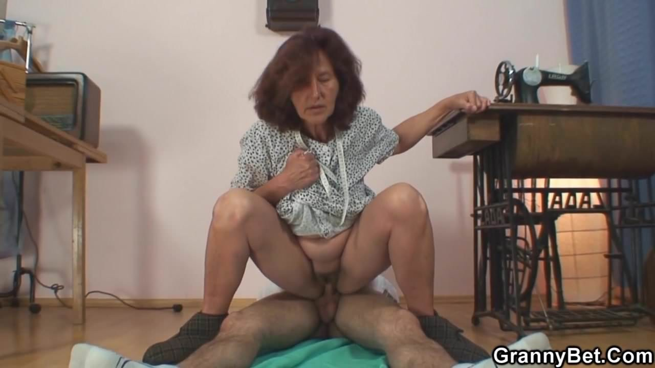 Sewing Old Granny And Young Dude, Free Hd Porn Dd Xhamster-5159
